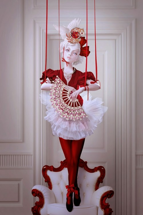 22-Natalie-Shau-Surreal-Photographs-and-Illustrations-www-designstack-co