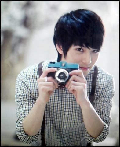 Freeze KkumKkume: Profil Lengkap Lee Jong Hyun C.N. Blue