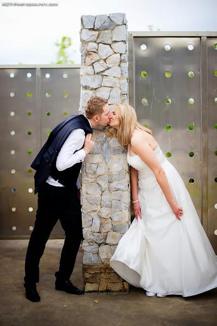 "<Img src = ""Post-Wedding_at_Rama_VIII_Bridge_012.jpg"" alt = ""sesion postboda, novios"">"