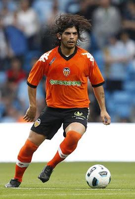 Ever Banega - Valencia CF (2)