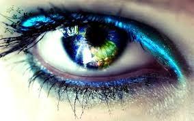 Belajar Cara Hipnotis dengan Mata Mengendalikan Orang Lain