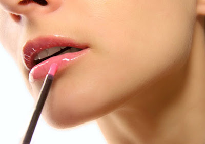 "How to make your own ""lip gloss"" homemade"