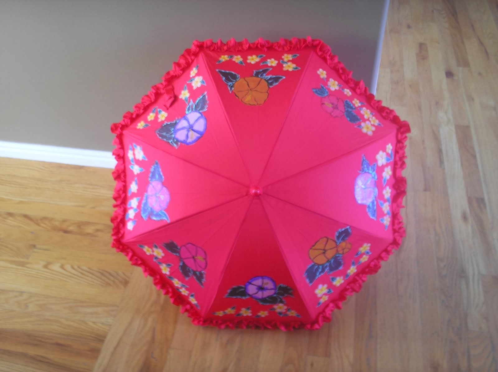 small red parasol