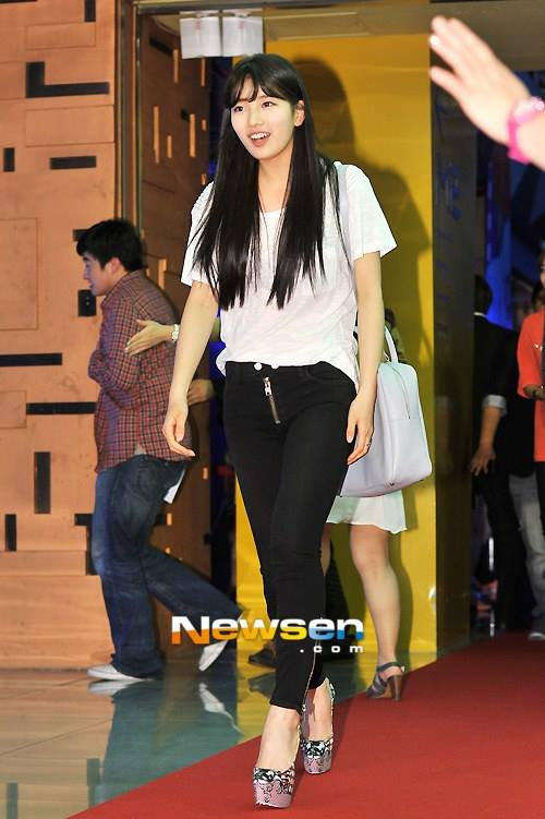 "Premiere Photo of Suzy new Movie ""Secretly & Greatly"" 3"