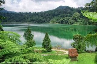 Danau Linow, Danau Aneka Warna, Minahasa