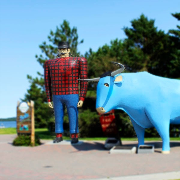 Paul Bunyan and Babe the Blue Ox Roadside Attraction Bemidji