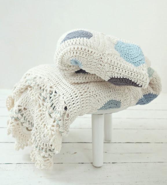 byHaafner, crochet, pattern, blanket, Dainty Dots