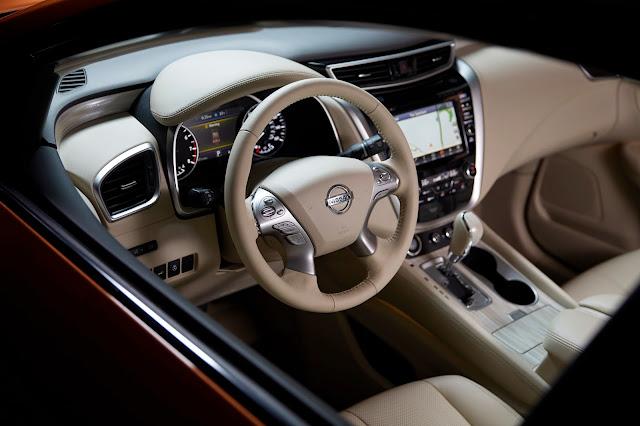 2015 Nissan Murano interior view