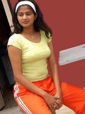 Priyamani without Dress