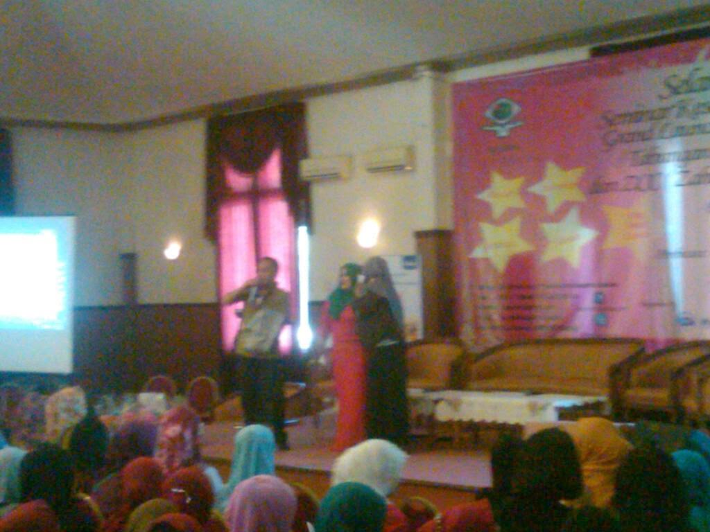 Tabungan Bersalin dan Web Komunitas Ibu Hamil dan Balita Rs Zahirah
