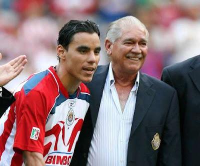 Omar Bravo leyenda de Chivas