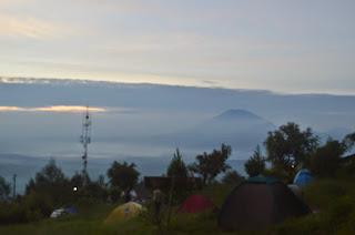 Tempat Wisata Alam Camp Mawar di Bandungan