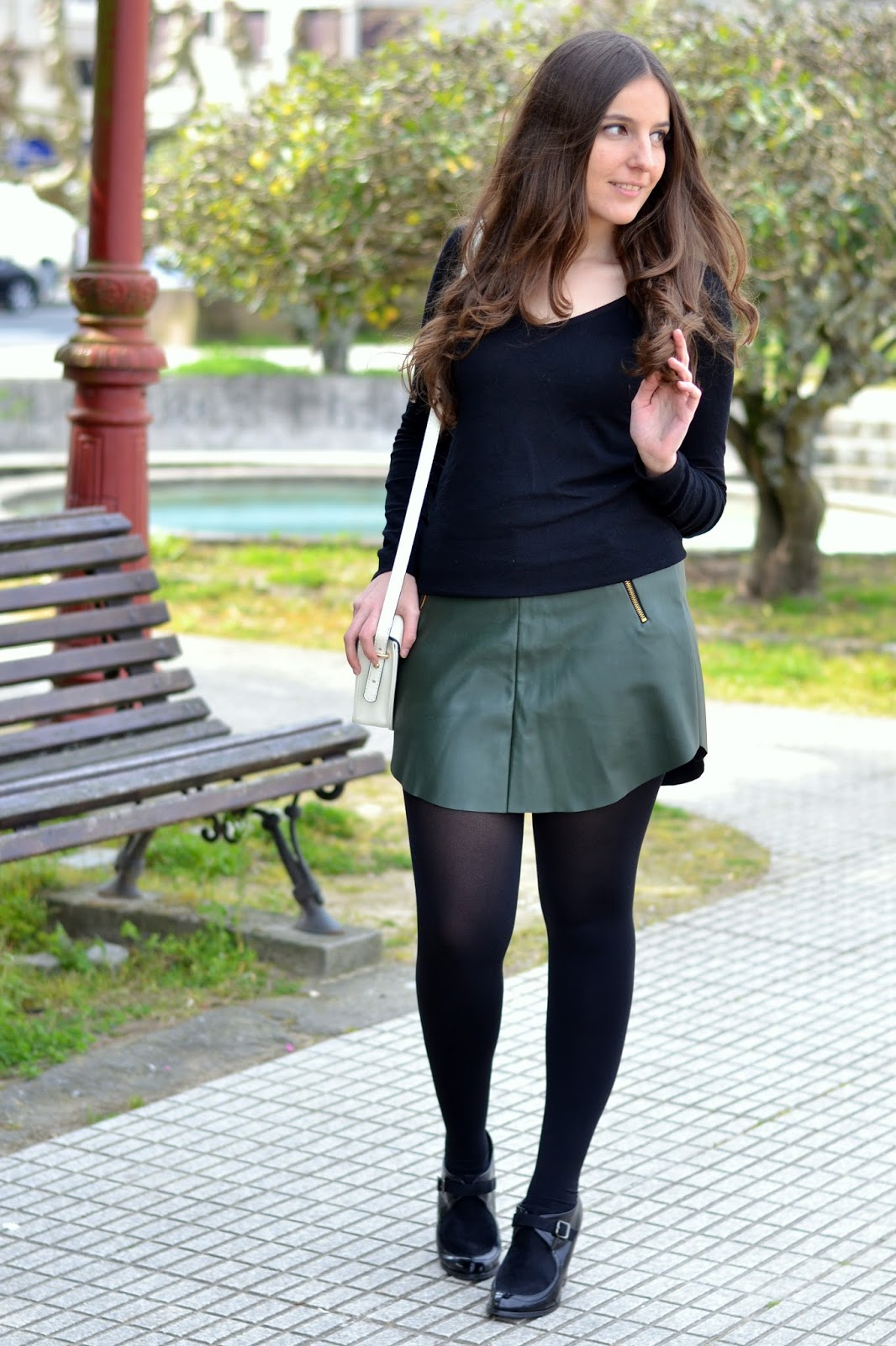 looks green skirt sheinside leather