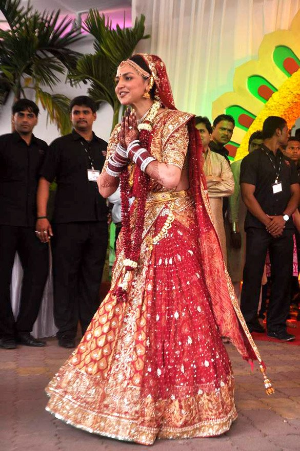 Esha Deol  at wedding