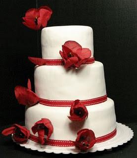 Fotos de Bolos de Casamento Vermelhos Decorados