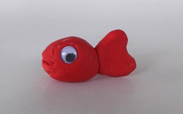 κατασκευές με πλαστελίνη, χειροτεχνίες με πηλό, κατασκευές με πηλό, ψάρι, ψάρι από πηλό,