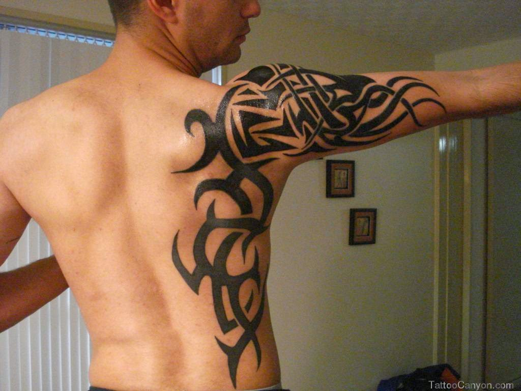 tattoo ideas de tribal no braço