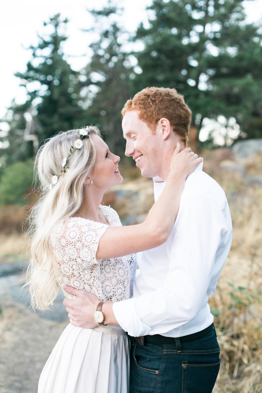 boho themed wedding photography and engagement session