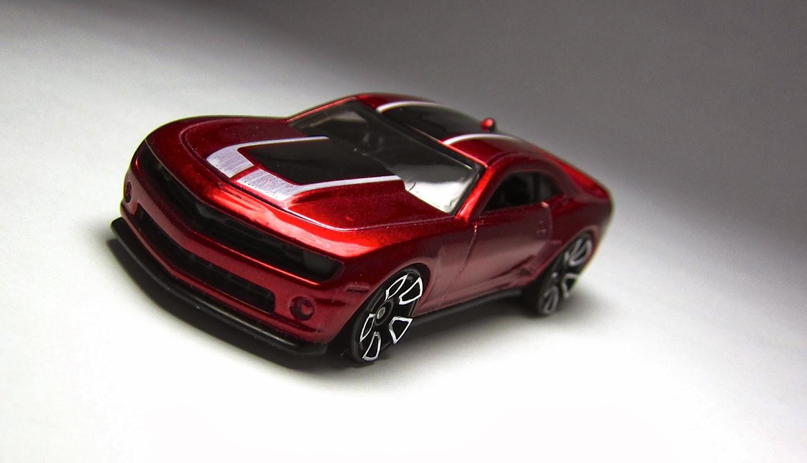 Hot Wheels 2014 Super Treasure Hunt 2013 Chevy Camaro Special Edition