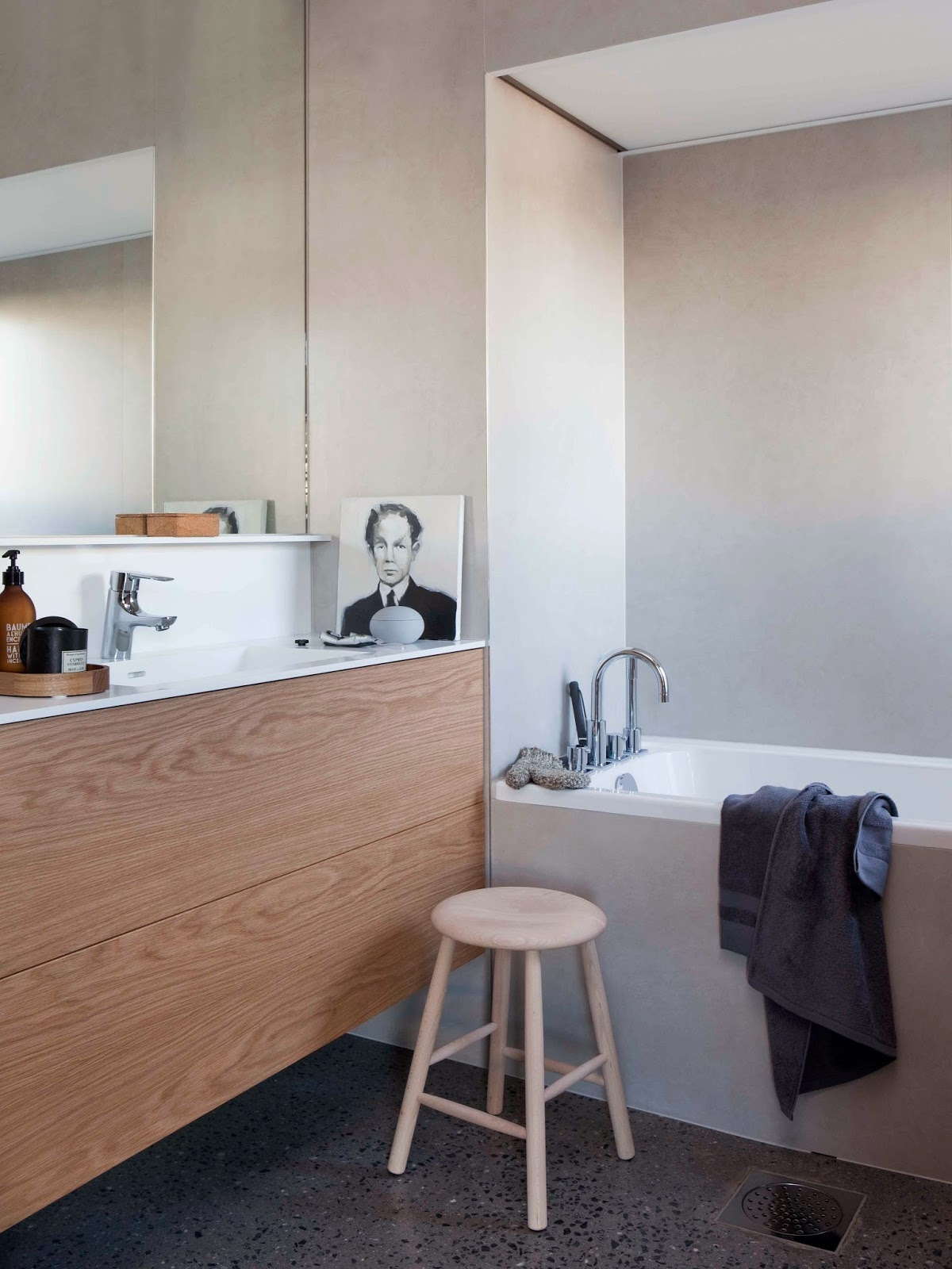 scandinavian retreat our bathroom mora armatur. Black Bedroom Furniture Sets. Home Design Ideas