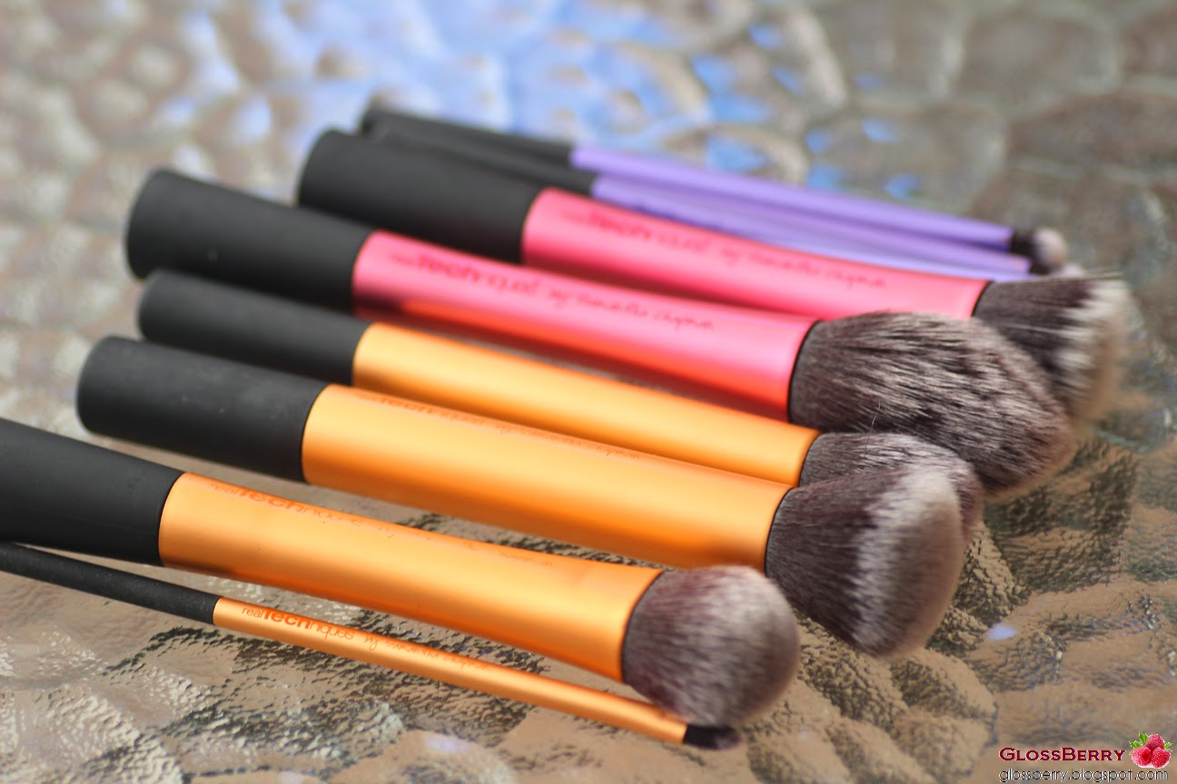 מברשות Real Techniques מ IHERB ריל טכניקס מברשות פנים מייקאפ סומק פודרה ברונזר ריל טכניקס real techniques face brushes core blush contour makeup foundation bronzer iherb