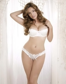 Kelly Brook sexy in 2012 HOT Lingerie Calendar