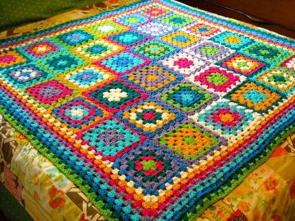 http://4.bp.blogspot.com/-uKzKn6ZNVlg/T__KJC9qRQI/AAAAAAAAAIE/8V5e7MzbrCE/s1600/crochet_lg.jpg