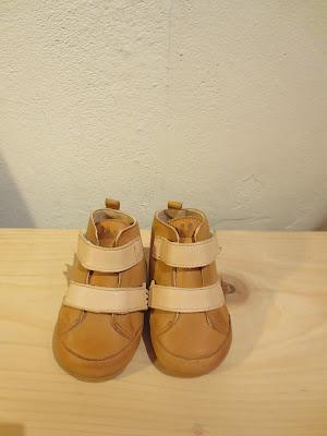 http://pepinlalune.bigcartel.com/product/beau-loves-bonnet-coton