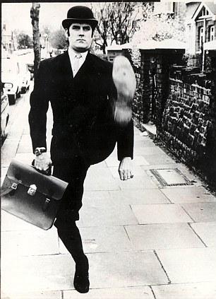 JOHN CLEESE (1939-PRESENT)  COMEDIAN, ACTOR