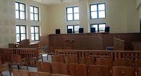 Aπέσυραν το επίμαχο άρθρο για τη σύσταση δικηγορικών εταιριών.