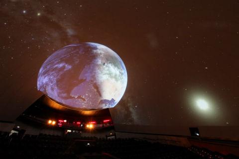 El Hemisfèric ofrece un ciclo con las mejores películas Pixar, cine IMAX y el planetario en directo 'Las Nocturnas' en su cartelera de verano