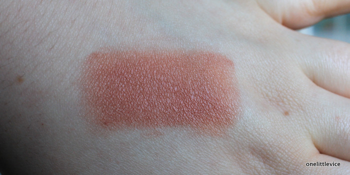 onelittlevice uk beauty blog: talc free blusher