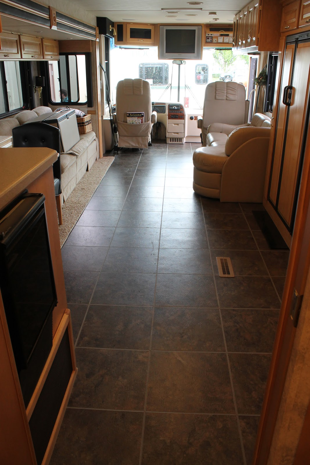 Countryside interiors transforming rvs and trailers since the 80s looking to the front of 2004 dutch star before and after nafco tile dailygadgetfo Choice Image