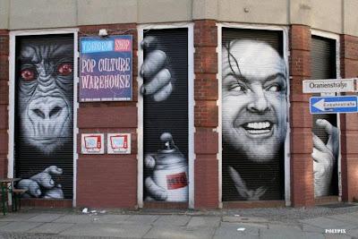 mto graffiti - graffiti on berlin wall - pictures and art