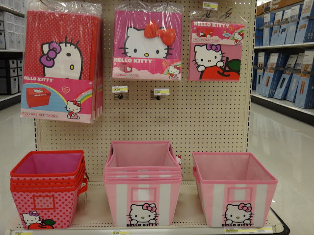It's time to keep your stuff clean and tidy with Hello Kitty storage trunk and cube