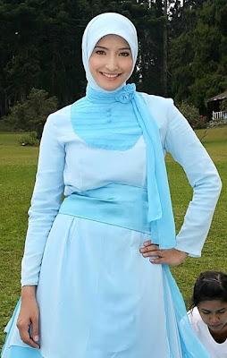 Gaya jilbab modis