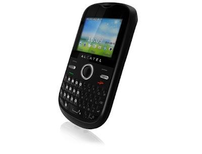 Celular Tri Chip Alcatel Onetouch OT-678 já está à venda