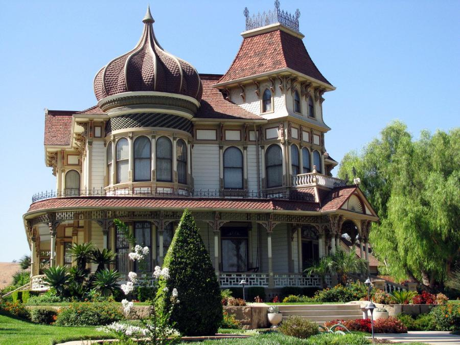 Amanda cromwell get inspired victorian style exterior for House turret designs