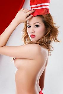 GambarBogel Awek Indonesia Pake Kostum Merah Putih
