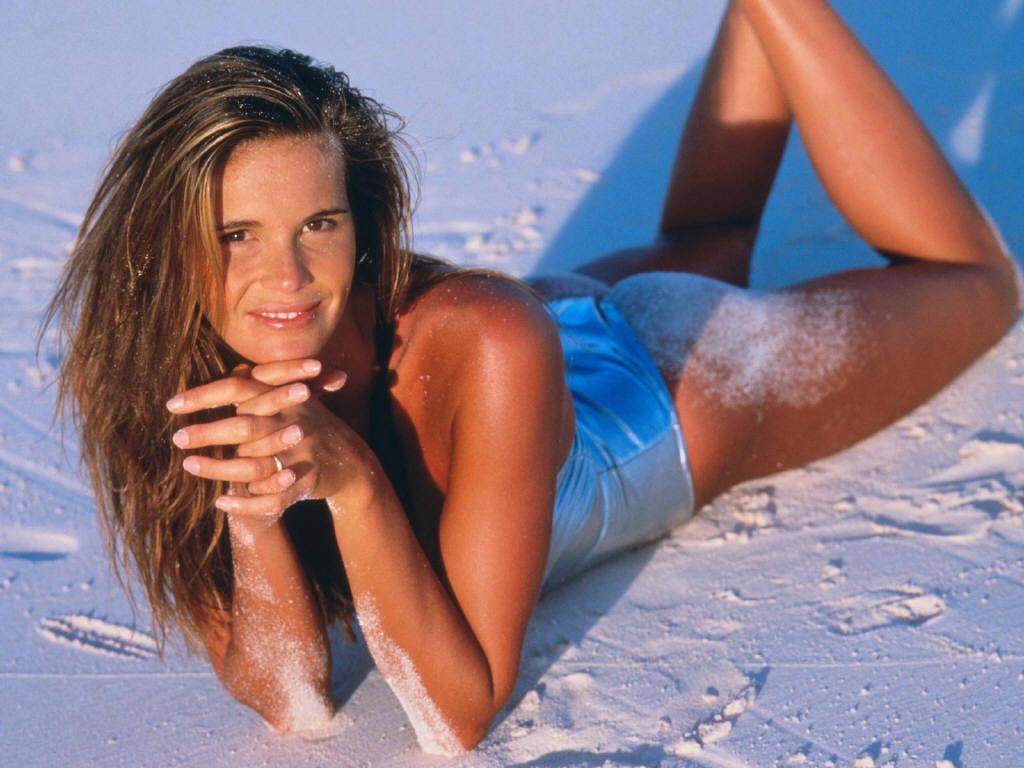 http://4.bp.blogspot.com/-uNUmCdchjT4/TZKaQu5XyFI/AAAAAAAAJqk/qJOnGBwsVj4/s1600/Australian_hot_model_Elle_Macpherson_1024x768+%25284%2529.JPG