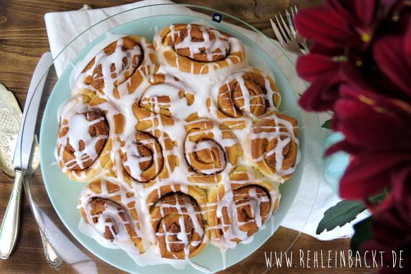Himmlischer Zimtrollen-/Zimtschnecken-Kuchen | Foodblog rehlein backt