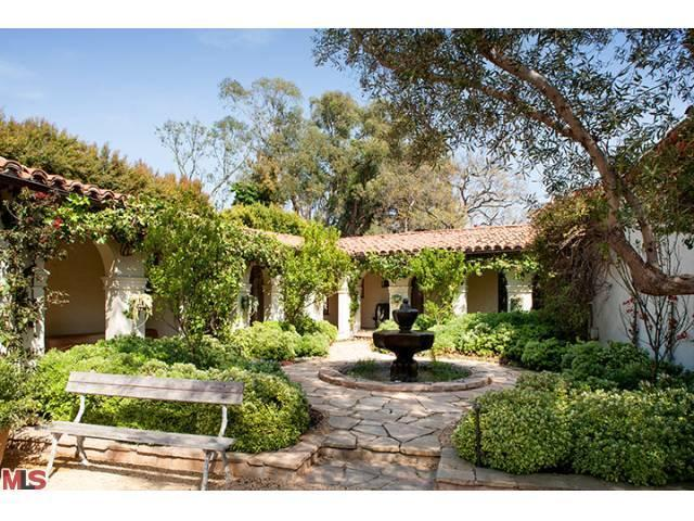 Trisha troutz spanish style in brentwood for Spanish ranch style homes