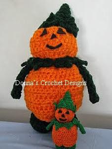 http://donnascrochetdesigns.com/morefree/mr-pumpkin-man-free-crochet-pattern.html