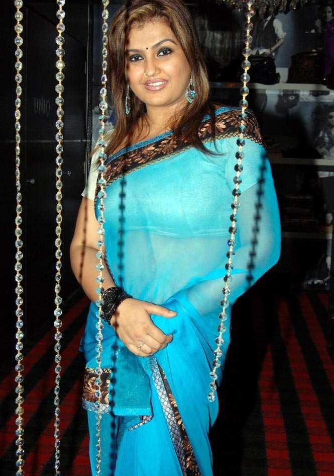Half Saree Tamil Actress Hot