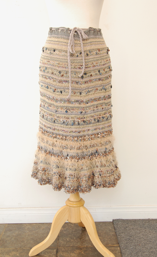 Free Knit Skirt Pattern : Jennifer Knits Los Angeles: Missoni-like Skirt Hand Knit Pattern