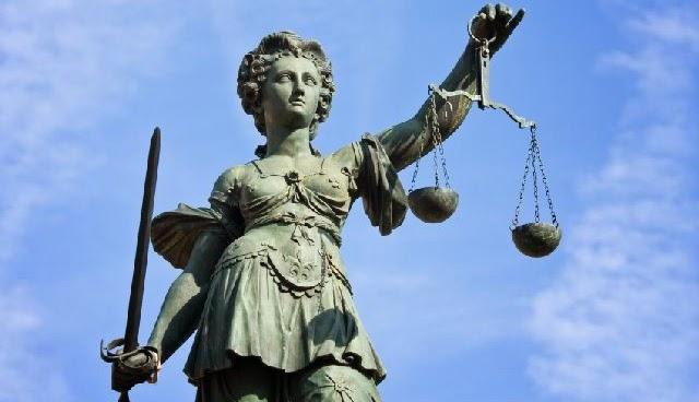 Estatua representando la justicia