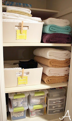 How to fake a clean bathroom by my guest anna organizing for How to clean and organize your closet