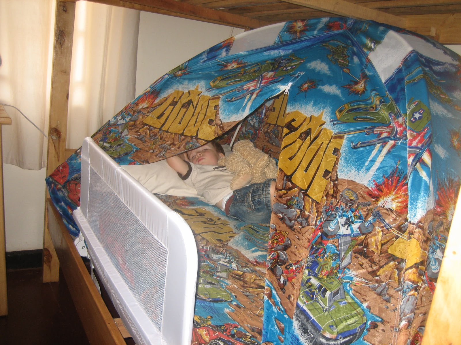 ... GI Joe Tent (pictured below) which Heath used as a kid on his bed. Thanks to Grandma Stella for keeping it all these years he things heu0027s u0027hidingu0027 the ... & The Amos Family: Random Pete-ness