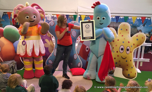 IgglePiggle with the Guinness World Records Certificate