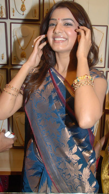 Samantha in Cool Saree-5